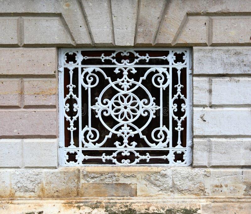 Particolari del palazzo di Dolmabahce, Costantinopoli (Turchia) immagini stock libere da diritti