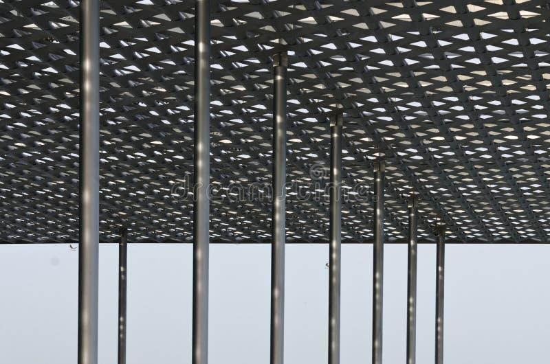 Particolari del tetto d'acciaio moderno immagini stock