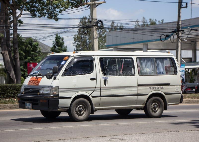 Particuliere schoolbestelwagen stock foto
