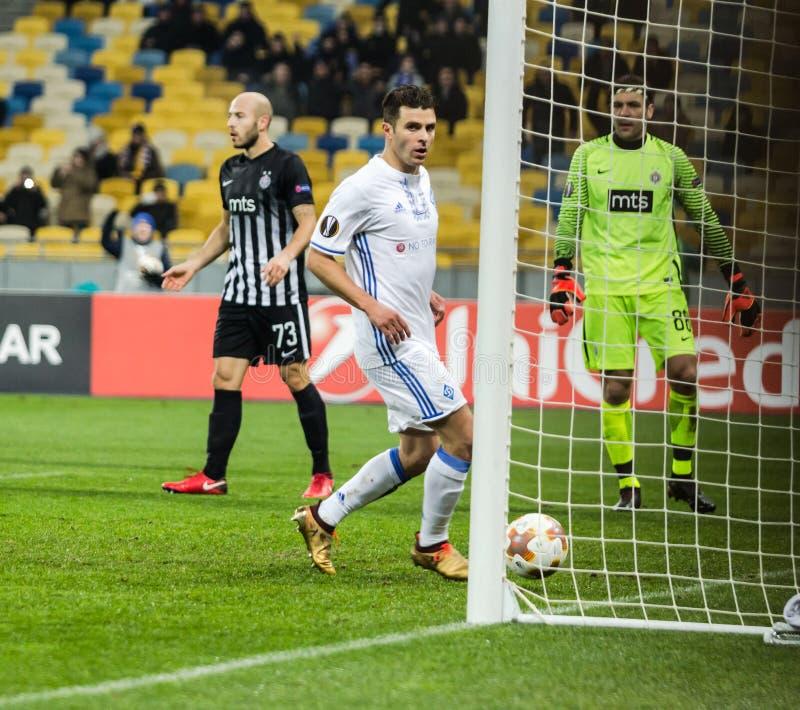 """Partidario del †de Kyiv del dínamo del partido de fútbol de la liga del Europa de la UEFA """", Dece foto de archivo"""
