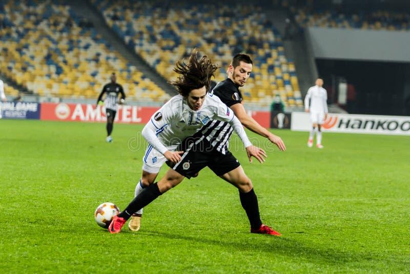 """Partidario del †de Kyiv del dínamo del partido de fútbol de la liga del Europa de la UEFA """", Dece imagen de archivo"""