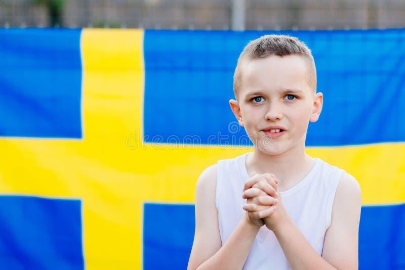 Partidario nacional del equipo de fútbol de Suecia foto de archivo libre de regalías