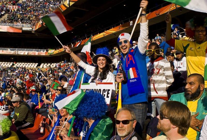Partidarios del fútbol de Italia - WC 2010 de la FIFA fotografía de archivo