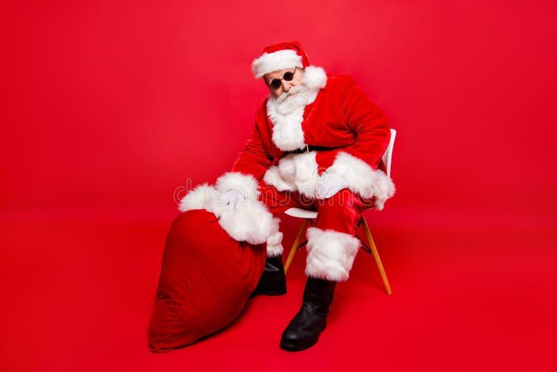 Partido da época de Natal do inverno sobre Tamanho de corpo completo c seguro dos pés imagens de stock royalty free