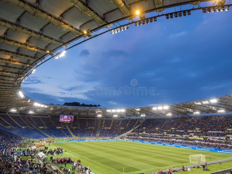 Partido de fútbol de la caridad del estadio Olímpico Roma foto de archivo libre de regalías