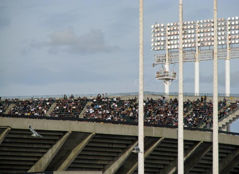 Partido de fútbol exterior de los Oakland Raiders fotografía de archivo