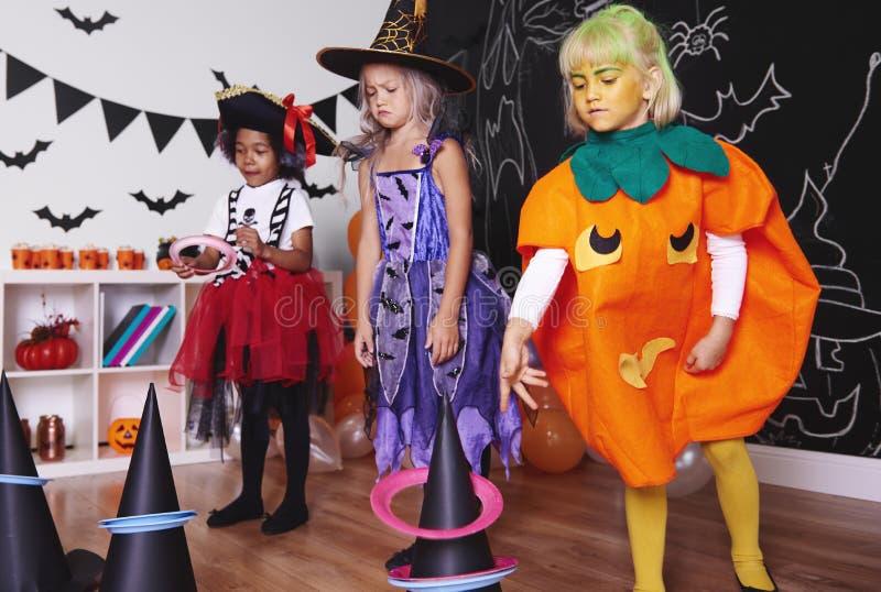 Partido de Halloween para los niños imágenes de archivo libres de regalías