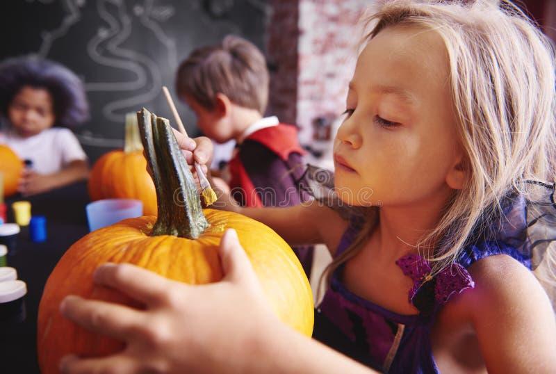 Partido de Halloween para los niños fotos de archivo libres de regalías