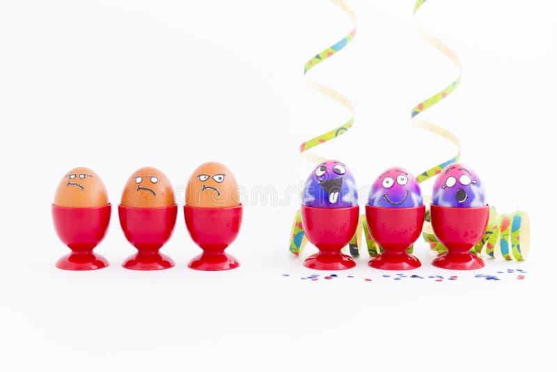 Partido de Pascua con los huevos locos foto de archivo libre de regalías