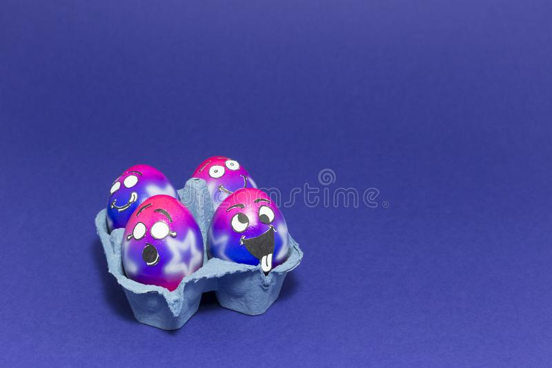 Partido de Pascua con los huevos locos fotografía de archivo
