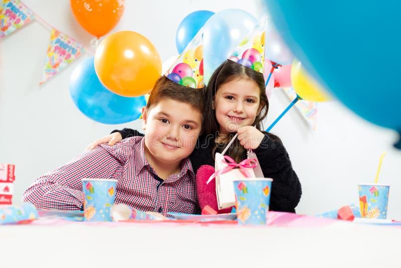 Partido del feliz cumpleaños de los niños fotografía de archivo libre de regalías