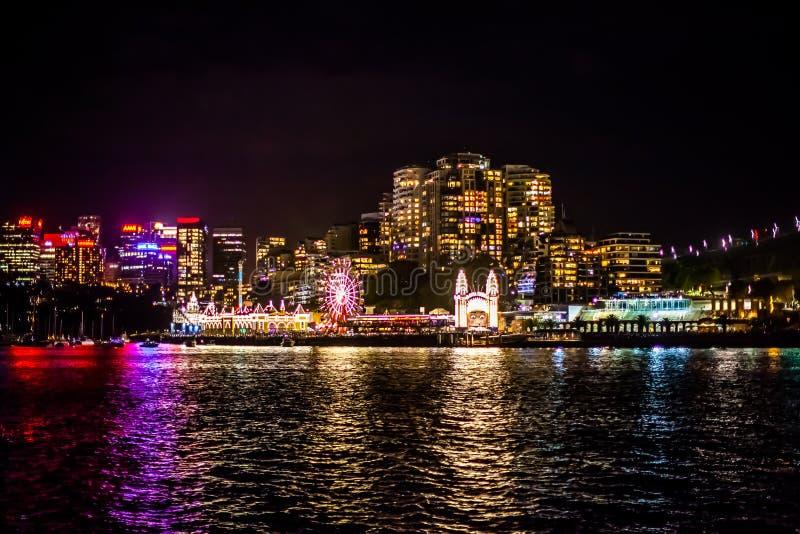 Partido 2015 do parque de diversões de Sydney NYE imagem de stock royalty free