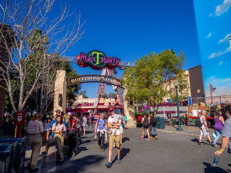 Partie folle de T dans des studios de Hollywood au parc d'aventure de Disney la Californie photos libres de droits