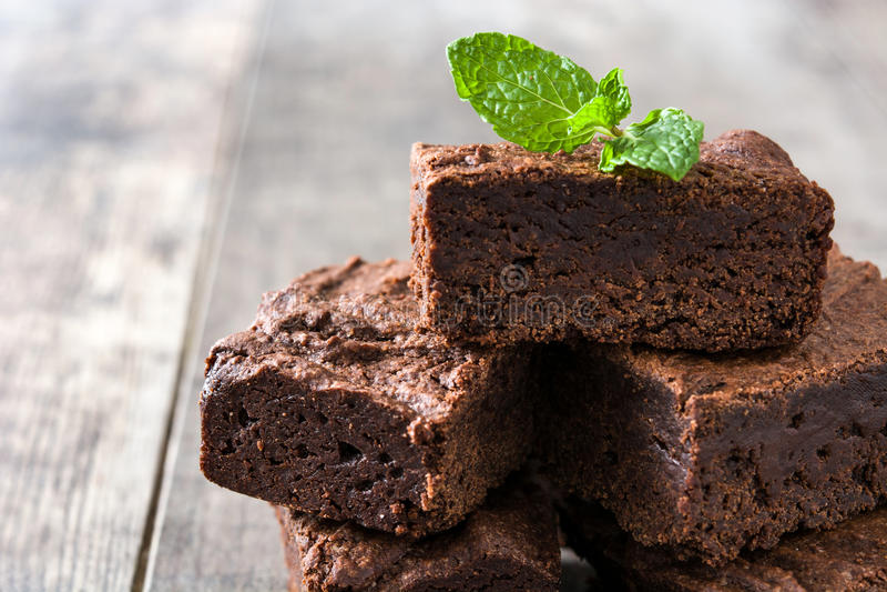 Parties de 'brownie' de chocolat images stock