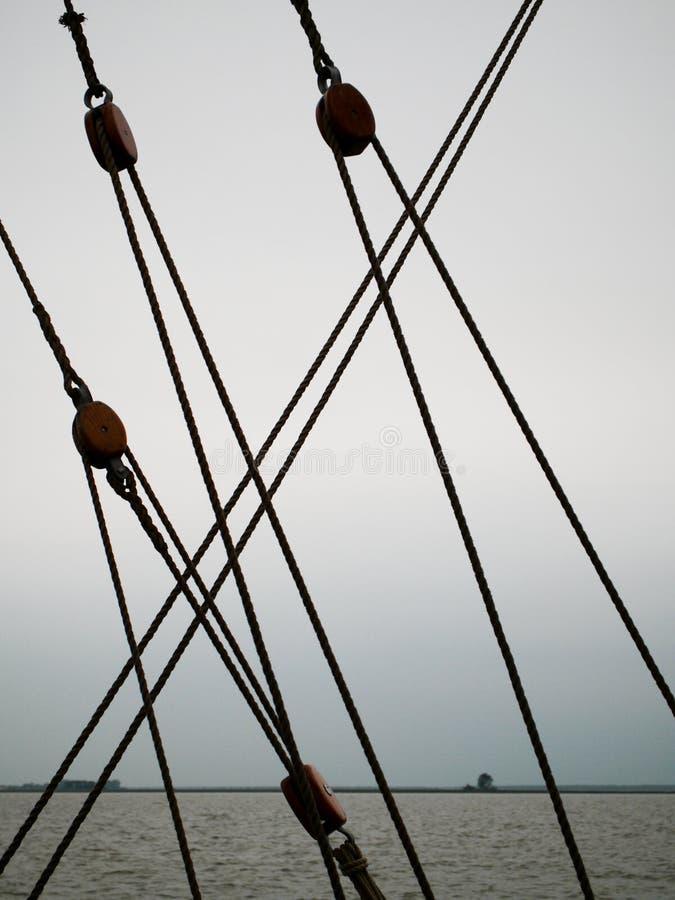 Parties de calage sur un bateau de navigation photos libres de droits