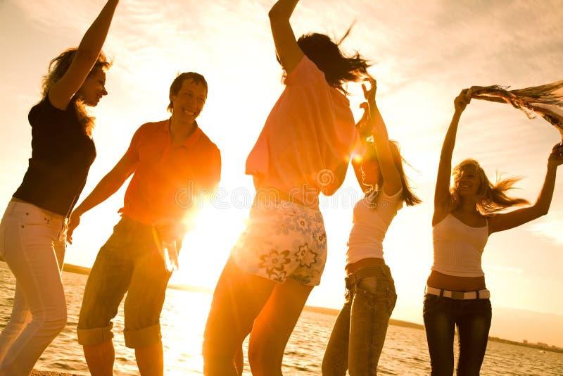 Partij op strand stock afbeelding