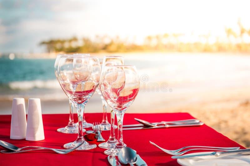 Partijlijst aangaande het strand royalty-vrije stock afbeelding
