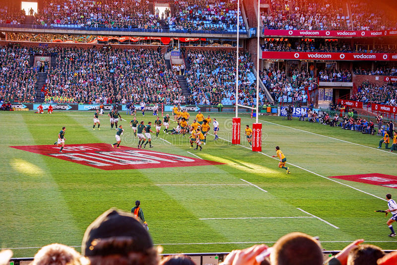 Partita di calcio di rugby fotografie stock