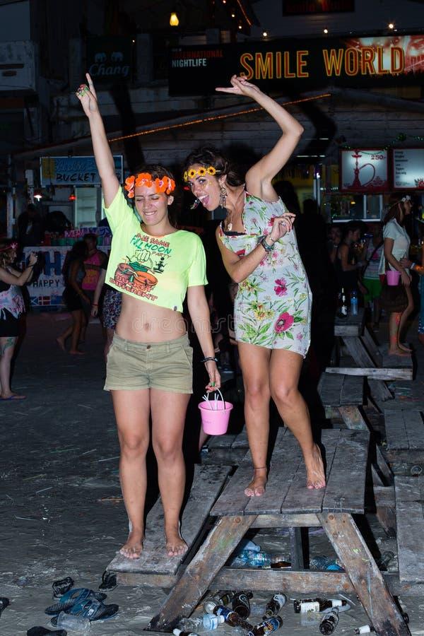 Partito della luna piena in Koh Phangan, Tailandia. immagine stock libera da diritti