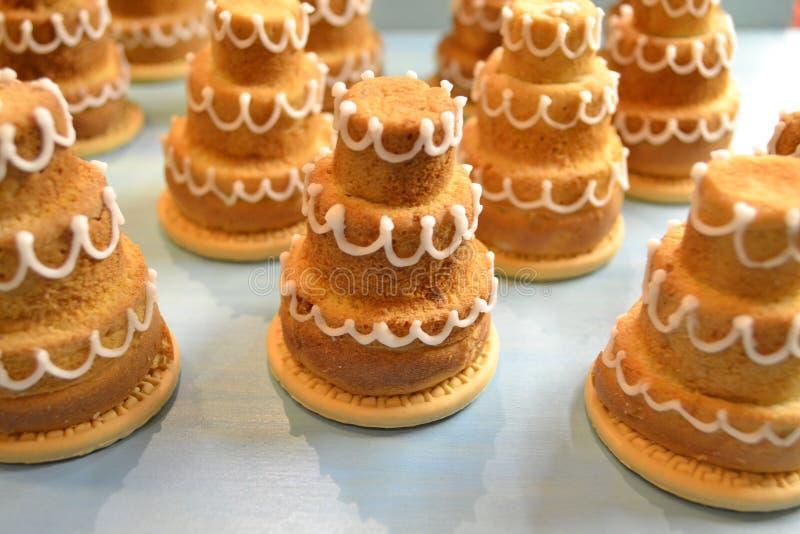 Partito di festa, compleanno Vari bign? o muffin gastronomici Decorazione di cerimonia nuziale fotografia stock
