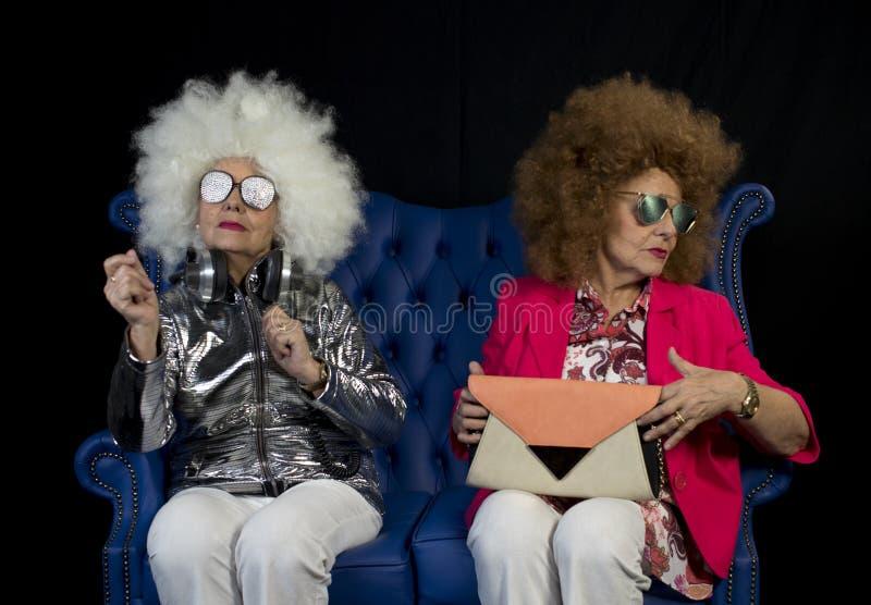 Partito gemellato del DJ della nonna funky retro immagine stock libera da diritti
