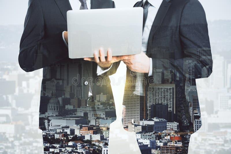 Partnerschaft und Kommunikationskonzept stockfoto