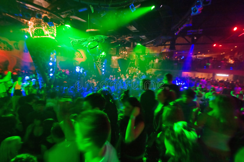 Party am Discokonzert stockfotografie