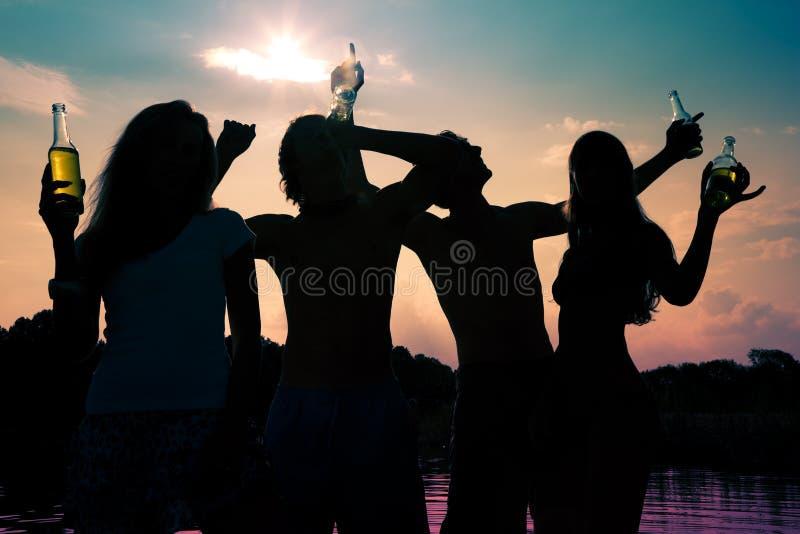 Party im Wasser lizenzfreies stockfoto