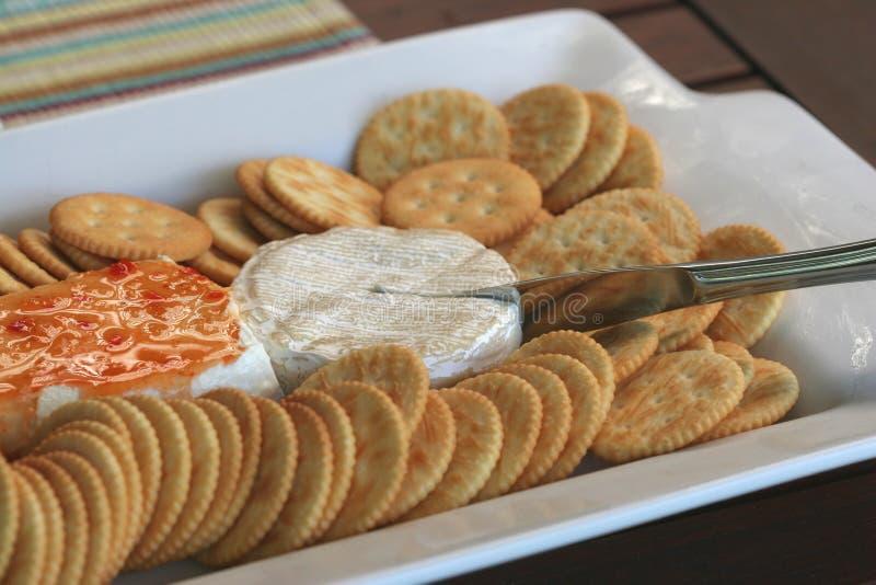 Party-Käse-Mehrlagenplatte lizenzfreie stockfotos