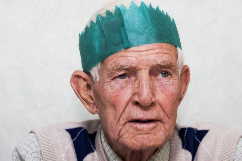 Partying do homem idoso fotos de stock