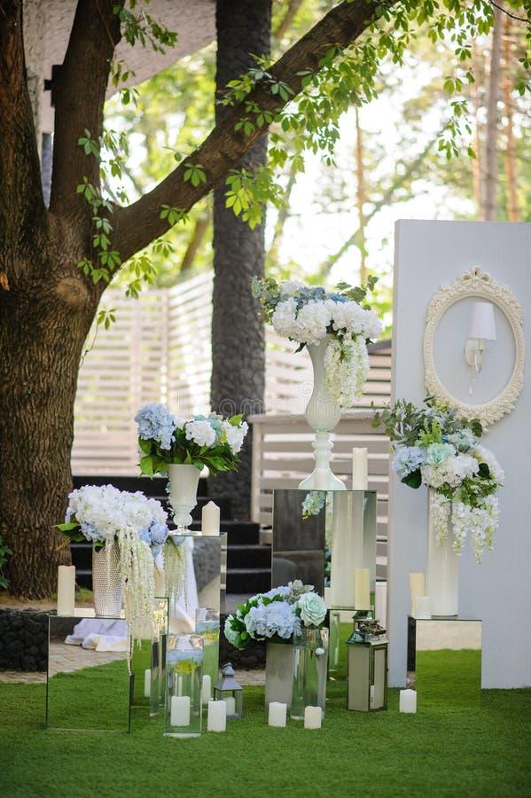 Partyjna ślubna dekoracja plenerowa fotografia stock