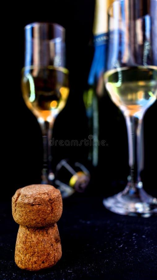 Partyjny pojęcie Korek i dekiel butelka szampan zdjęcie royalty free