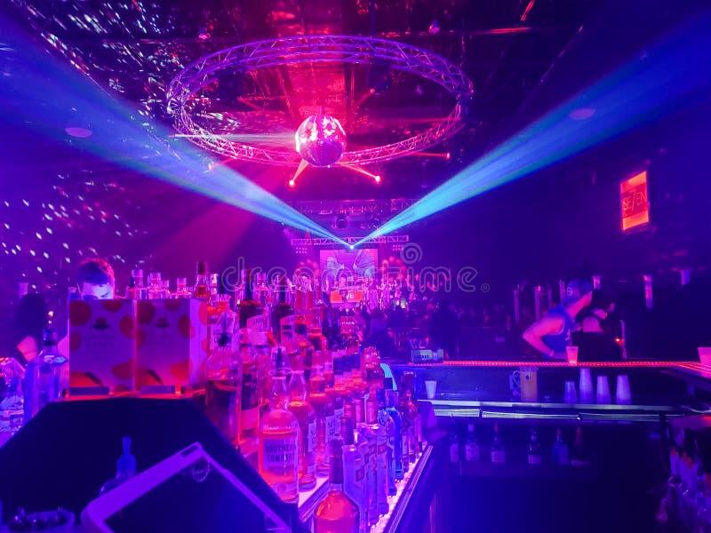Partytime am Nachtklub stockfoto