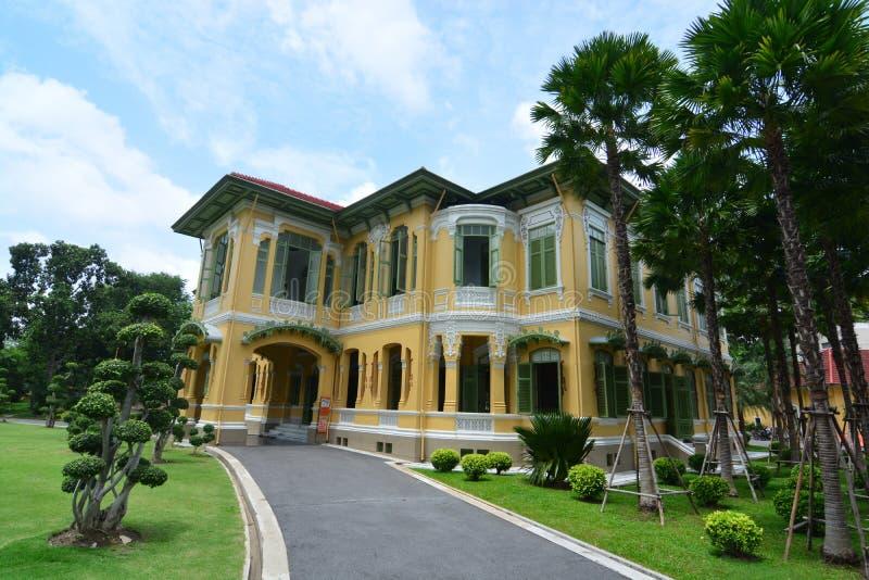 Parusakawan宫殿是皇太子的一个古迹在曼谷,Chitralada别墅 免版税库存图片