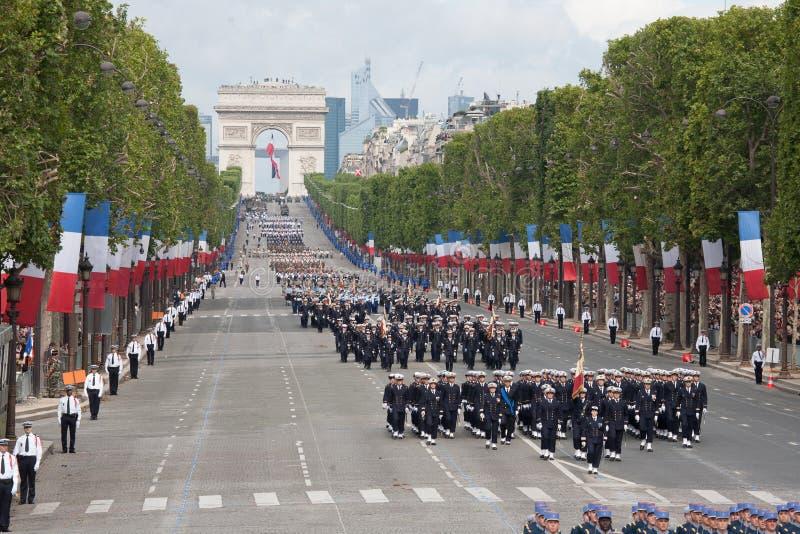 Paryż Francja, Lipiec, - 14, 2012 Żołnierze od Francuskiej Cudzoziemskiej legii marszu podczas rocznej militarnej parady obrazy stock