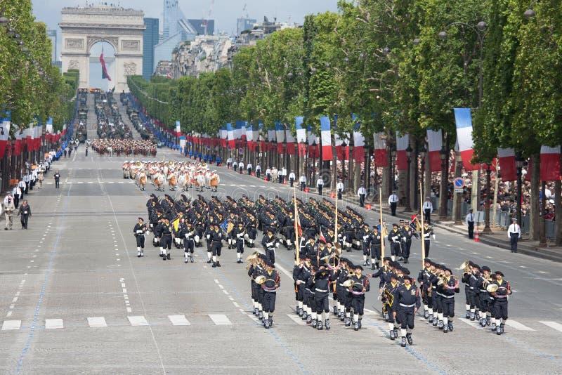 Paryż Francja, Lipiec, - 14, 2012 Żołnierze od Francuskiej Cudzoziemskiej legii marszu podczas rocznej militarnej parady obraz royalty free