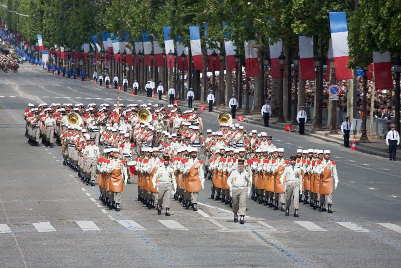 Paryż Francja, Lipiec, - 14, 2012 Żołnierze - pioniera marsz podczas rocznej militarnej parady na cześć Bastille dzień zdjęcie royalty free