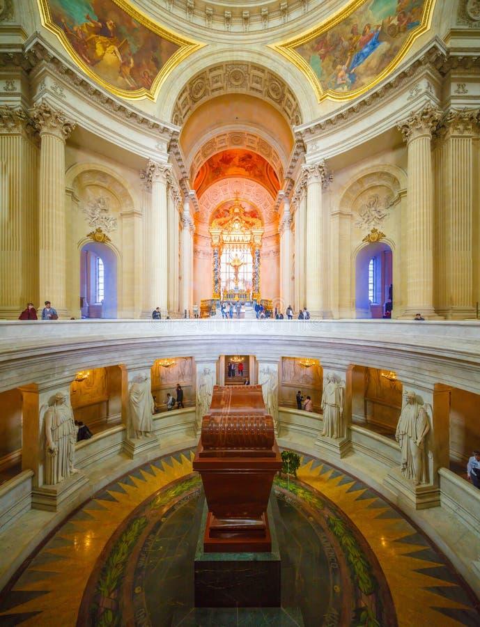 Paryż Francja, Maj, - 17 2016: Panoramiczny widok Napoleon ` s grobowiec obraz stock