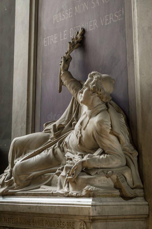 Paryż, Francja, Marzec 27 2017: Statua wśrodku notre dame de paris zdjęcie stock