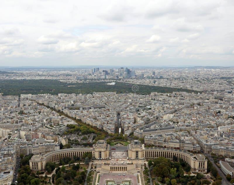 Paryż Francja, Sierpień, - 21, 2018: Panoramiczny widok od Eiffel Towe obraz royalty free
