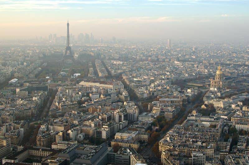 Paryż (Francja) w mgle obraz stock