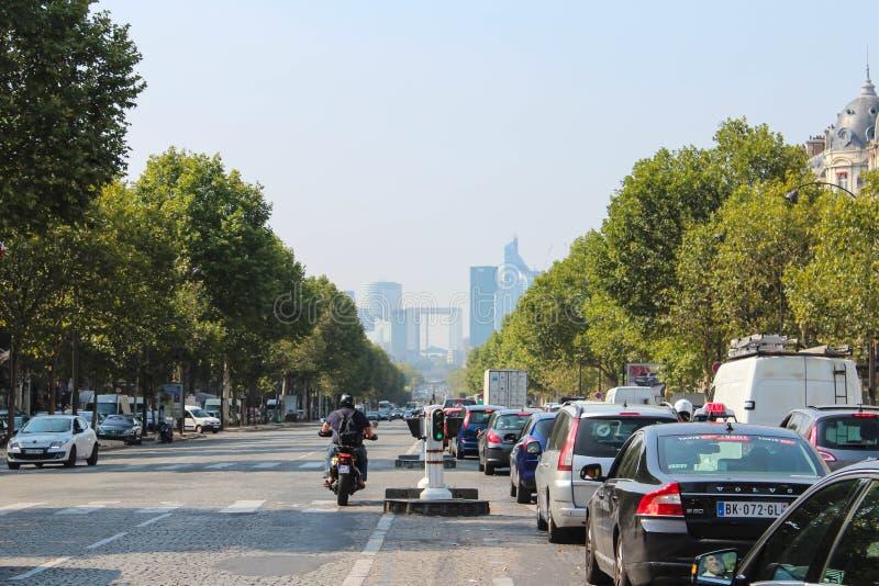 Paryż Francja, WRZESIEŃ, - 04, 2012: Środkowe ulicy Paryż obraz stock