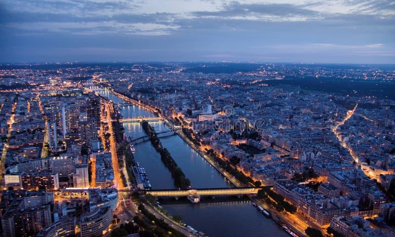 Paryż przy nocą widzieć od 300 m above ziemi zdjęcia stock