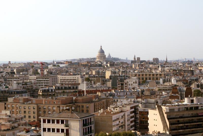 Paryż zadasza linię horyzontu z Panthéon basilique w tle, Paryż, Francja obrazy stock