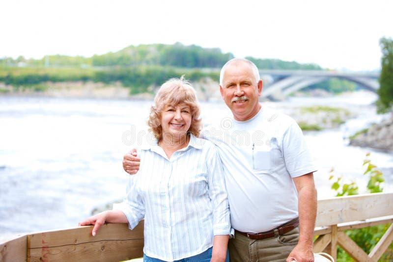 pary starszych osob seniory zdjęcia royalty free