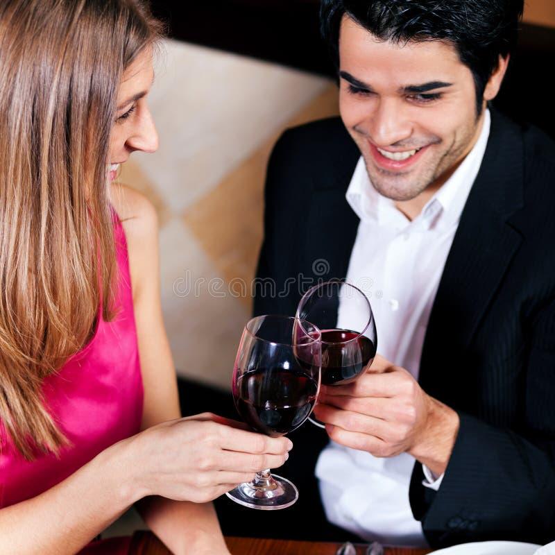pary target1274_0_ szkieł czerwone wino zdjęcie stock