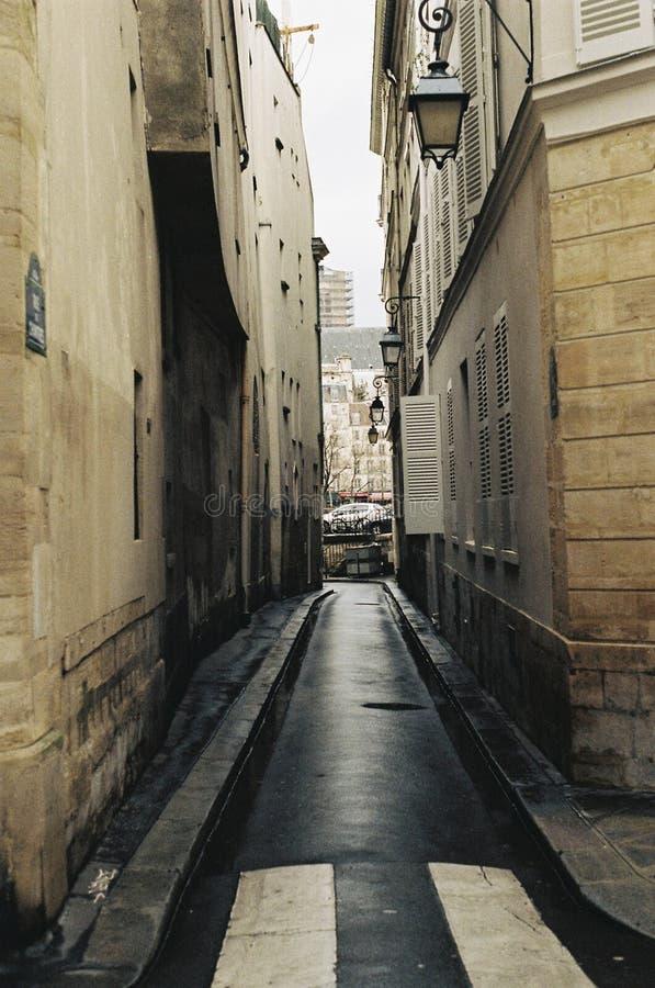 Paryjski Alleyway obrazy royalty free