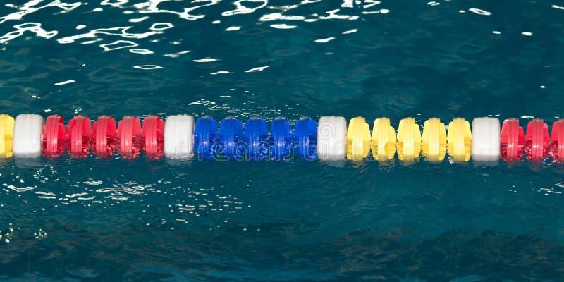 Pas ruchu w basenie jako tło obraz stock
