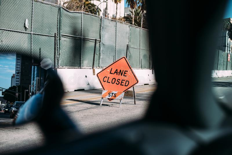 Pas ruchu zamykający budowa znak