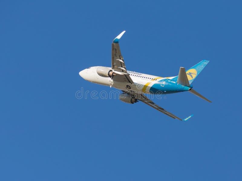 Pasażer Boeing A319 Ukraine International Airlines zdjęcie stock